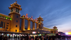 人海模式回归!直击北京站返程高峰?