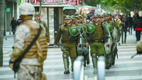 智利首都骚乱向全国扩散 德媒:模范国家烧起来了