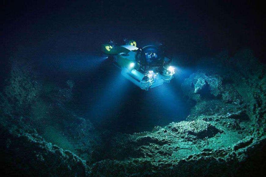 海底一万米有多恐怖,都有哪些可怕的生物,真是长知识了