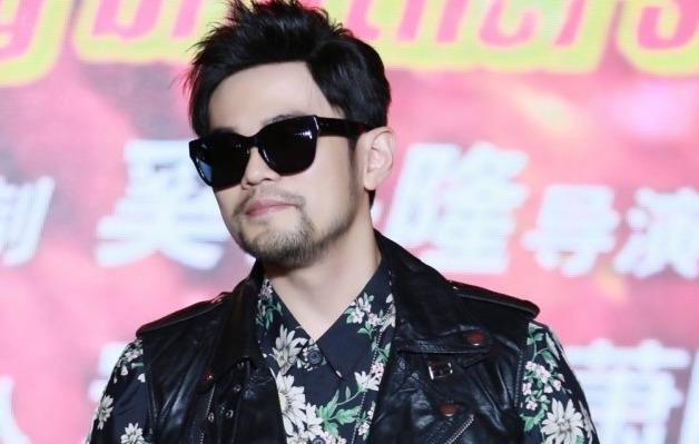 周杰伦总监制,萧敬腾主演电影《靠谱兄弟》11日在上海举行开机记者会