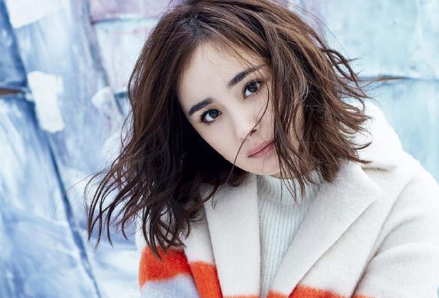 32岁的杨幂和31岁的赵丽颖撞发型,网友:a发型的16岁少女短发晚礼服图片