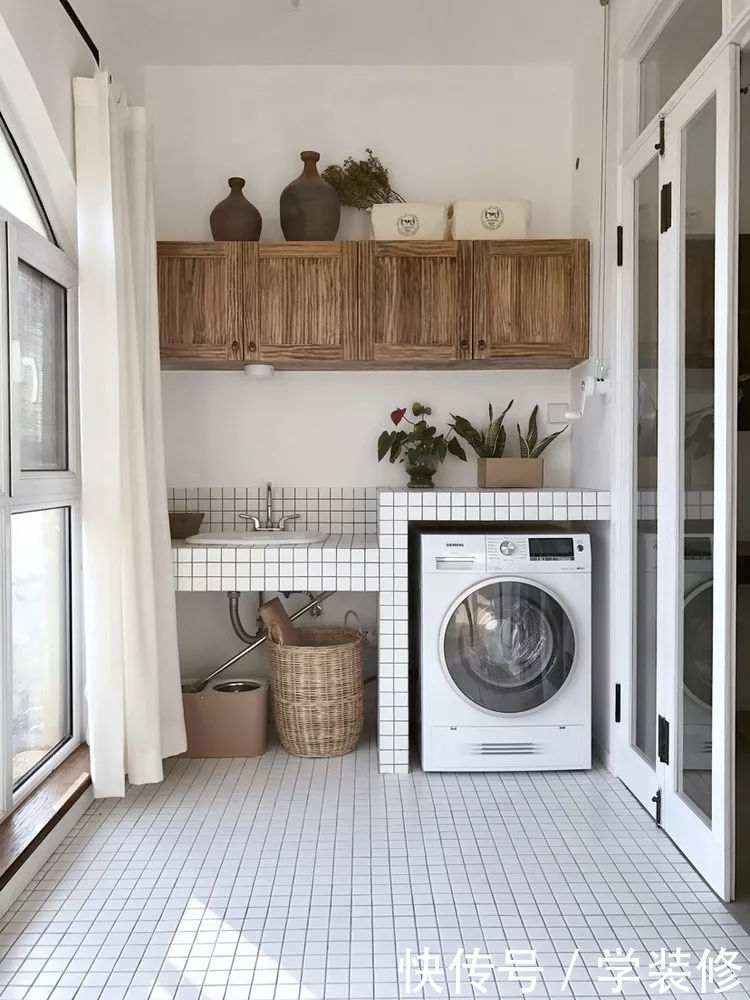 洗衣机放哪儿更便利整洁呢?阳台,厨房,还是卫生间?