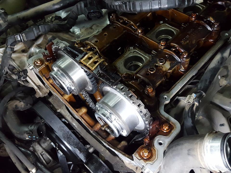 奔驰c,e系271.272发动机凸轮轴故障维修