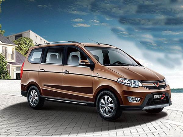 五菱宏光s3将推两款新车型 3月6日上市