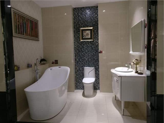 家里卫生间是暗房就不会设计?绵阳毛坯房装修公司发现图片