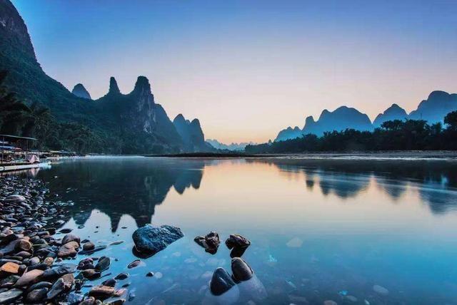 中国广西漓江风景景点-北京时间