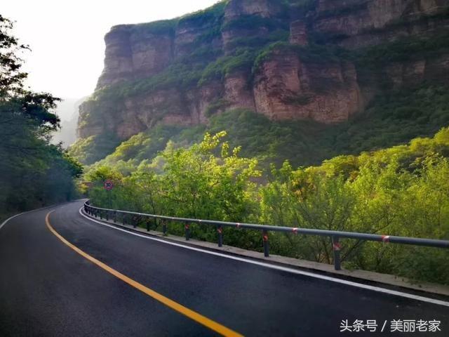 """太行天路""""位于河南省林州市石板岩乡境内的太行大峡谷景区,太行天路全"""