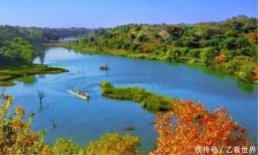 的景点有千佛山风景区,章古台自然保护区,大清沟风景区,闹德海水库等.