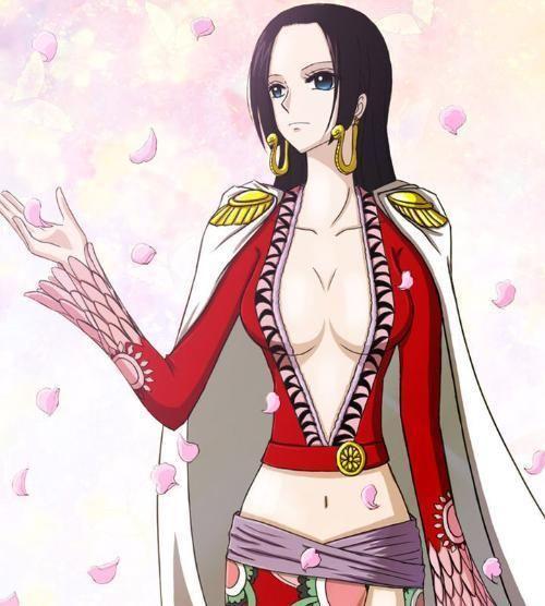 《海贼王》才是制服控必追,女帝卡莉法缇娜,一个比一个性感!