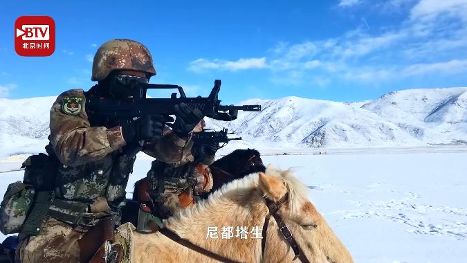 康巴汉子尼都塔生:新时代骑兵,奔驰在海拔4200多米的西部高原!