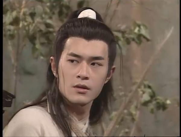 圆月弯刀�9i*y.d9bi���_古天乐版的圆月弯刀,也是比较经典的,他饰演的丁鹏,亦正亦邪,也是相当