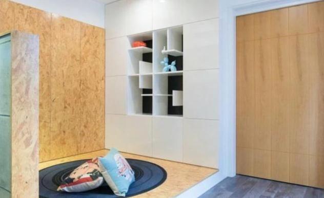 小户型:60平,电视背景墙做t字形挖空,吧台和灶台连在一起