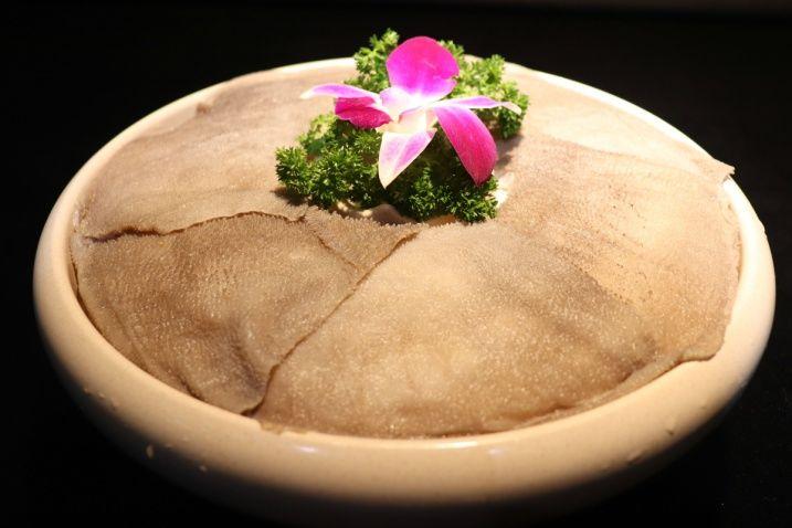在重庆吃火锅,这些菜必点