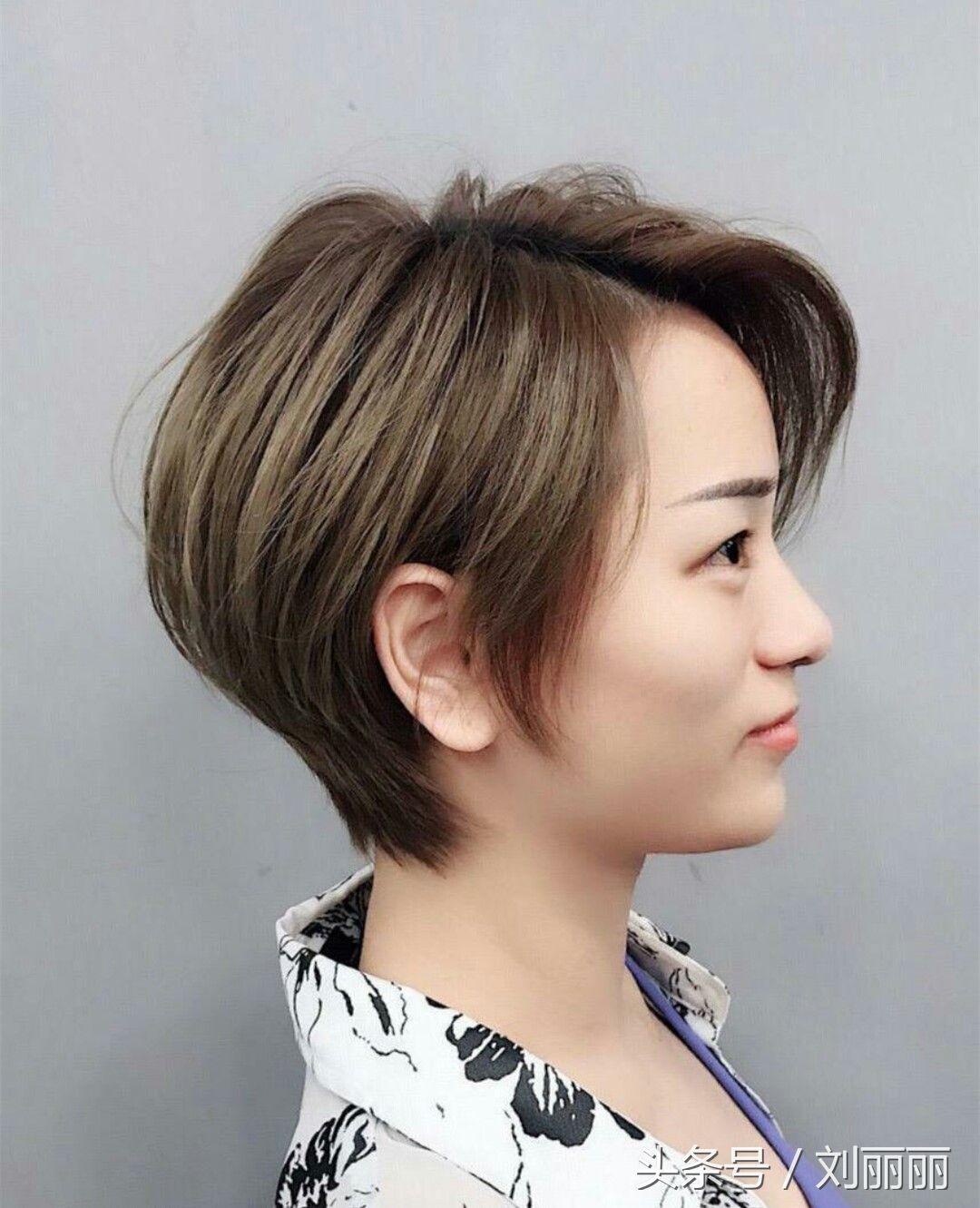 中年教程小孩不都是洋气小卷,10款蓬松女性短发额头编发发型图片