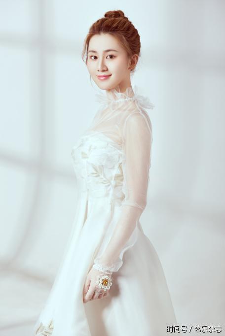 艺志杂志专访刘颖伦:岁月迢迢,我心如故