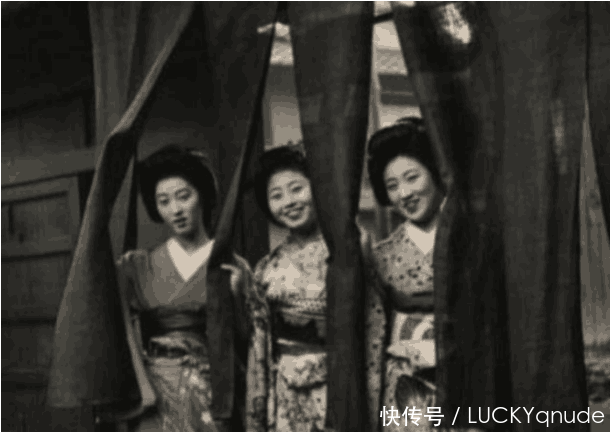 东北野外发现百具日本鱼线尸体,女生全被扯掉有人衣服少女也图片