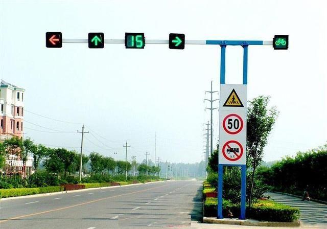 红绿灯路口,这3种右转弯会扣分+罚款!