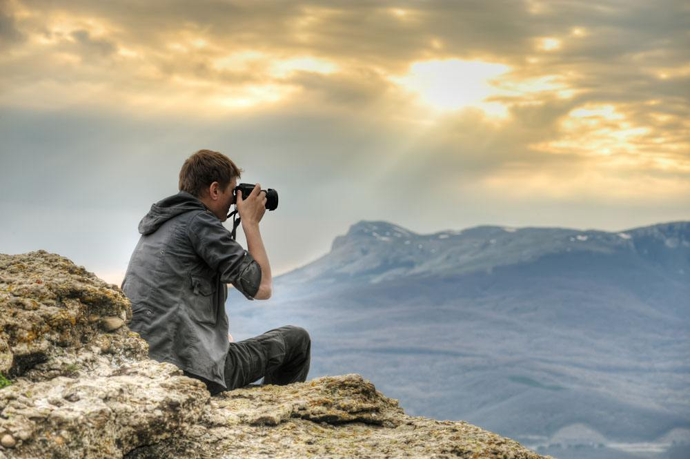 運動相機和普通相機之間的4個主要區別: 拍攝角度的巨大變化