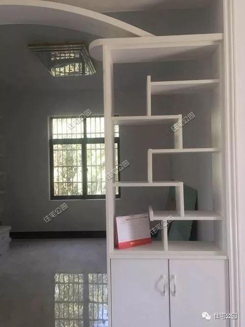 安徽农村自建养老房,平层花园别墅带装修,家具共花34万,值吗?图片