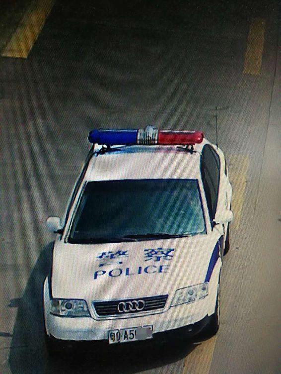 真 假 一,警用车辆,部队车辆都是有专用牌照的,如果是民用车辆的牌照