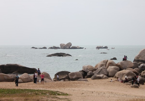 三亚美景,美食,穿着比基尼逛海滩美美哒