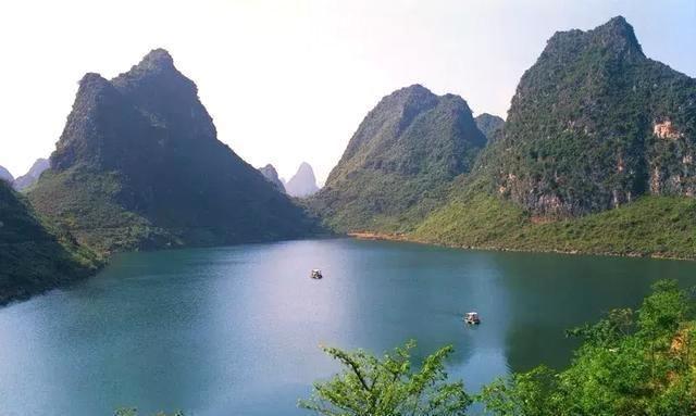 广西隆安至硕龙高速路沿途可观赏隆安,大新,天等这些美丽的风景!