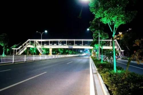 傍晚马路风景图