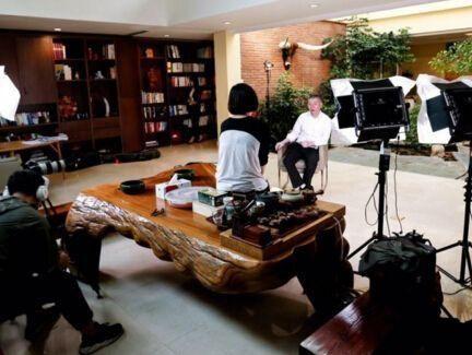 李湘炫富输了?豪宅花园别墅,冯小刚10亿李湘,平遥别墅图片
