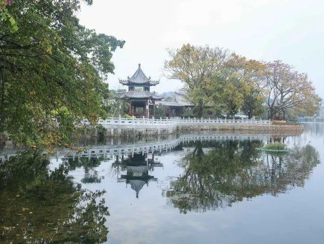 玩 ~ 平湖门 惠州西湖的大门形象 西湖,是惠州城的灵魂所在