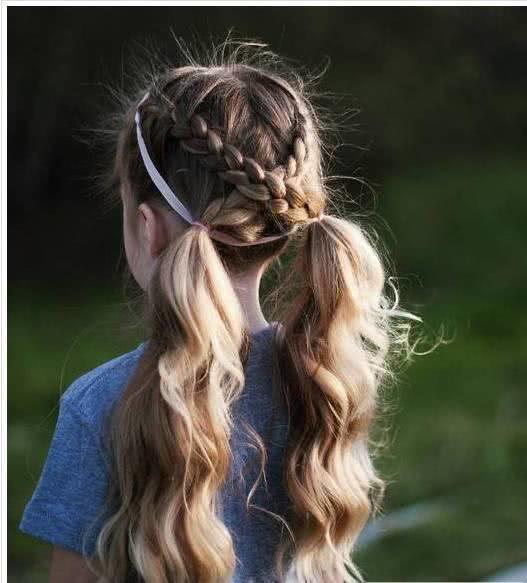儿童编发双马尾发型