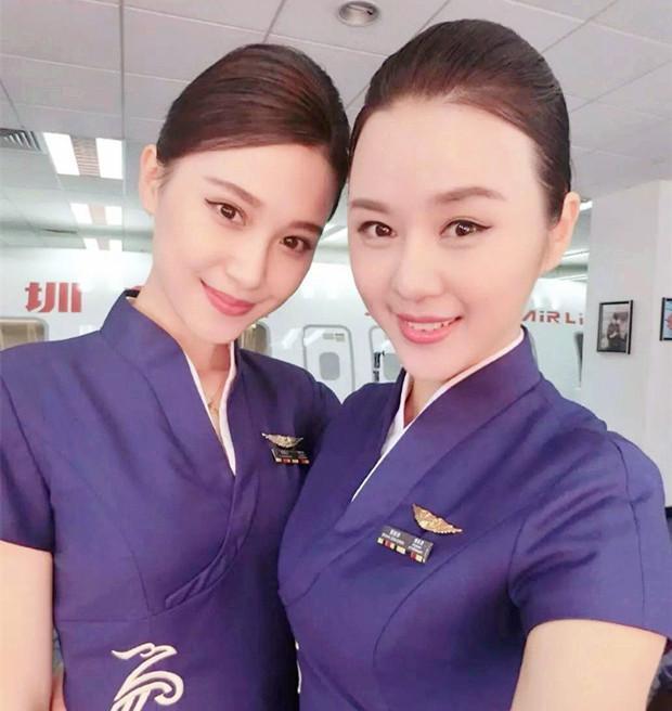 空姐标准_这对是来自中国航空姐姐妹花,她们的一颦一笑,完全符合东方美女的标准