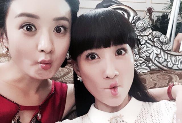 6位女明星搞怪照,赵丽颖最萌,杨幂夸张,迪丽热巴最可爱!