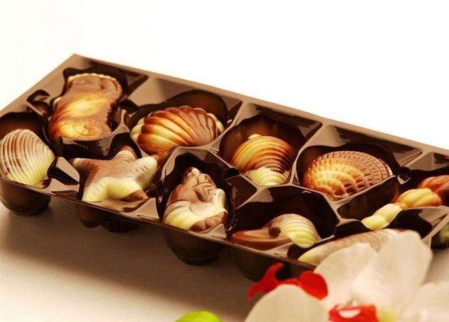 白羊座,贝壳海星可爱造型的巧克力,孩子气白羊的专属.