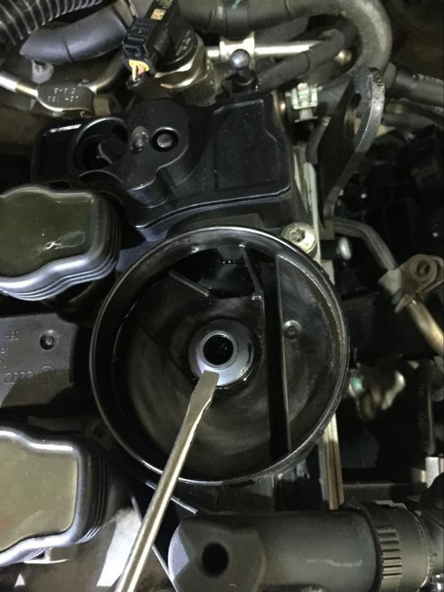 奥迪q5发动机废气阀结构图