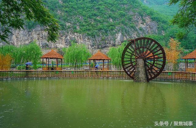 焦作丹河峡谷风景区内,丹河峡谷位于河南沁阳市东北16公里处,距焦作