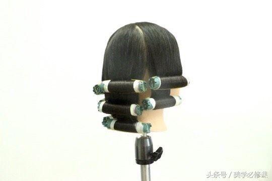 v绿色必修课:绿色颜色八款烫发常见,八种卷杠排发型的发廊配什么马甲的头发适合图片
