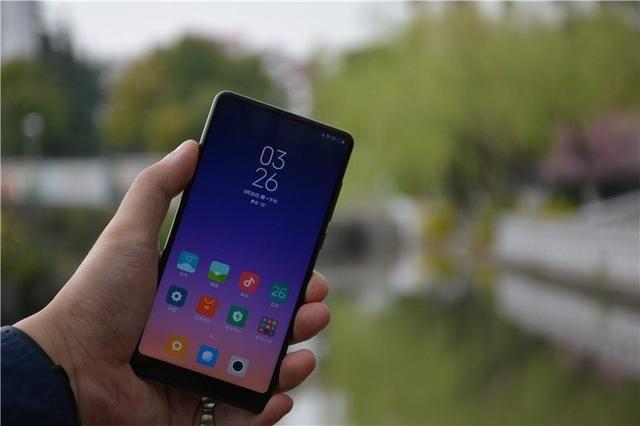 实体店已经到货,小米mix2s上手推广,给5点建议-北京华为手机品牌的宣传评测图片
