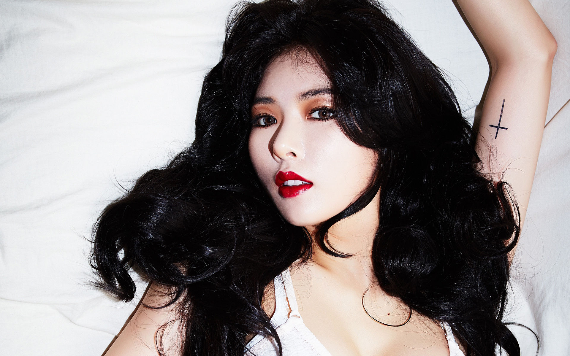 韩国明星金泫雅性感魅力时尚写真高清壁纸男人心中理想的对象