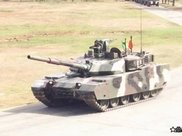 打造本地区的最强,泰国陆军为中国VT-4坦克举办了驾驶培训班