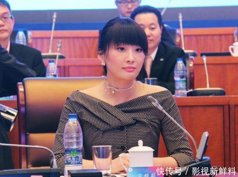 位居亿万富豪排行第11名,符合王健林儿媳标准,如今36岁仍单身