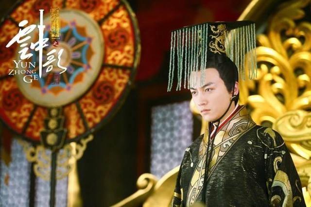 """古代帝王头上为什么戴着""""门帘子""""?才不是挡苍蝇用的!"""