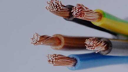 电气百科:太阳能光伏电缆和普通电缆选型与区别科普