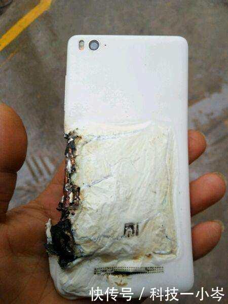 小米手机刚入手突然爆炸,小米授权店:不是质量问题,不予以赔偿