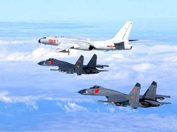不信邪:美国数十架战机刚到南海就傻眼了