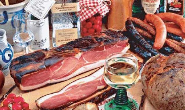 中国人爱吃猪肉,那外国呢?网友:德国人杀猪号