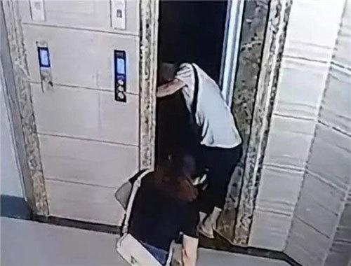 吓人!男子擅自开电梯门 老丈人坠落8米电梯井身亡! - 周公乐 - xinhua8848 的博客