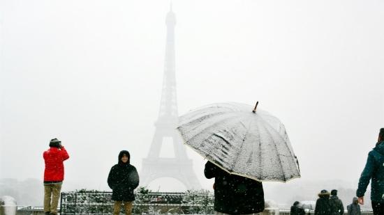 法国埃菲尔铁塔今秋起大整容