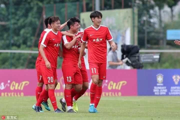 虽败犹荣!中国U21一球憾负英国U21,球迷:这套