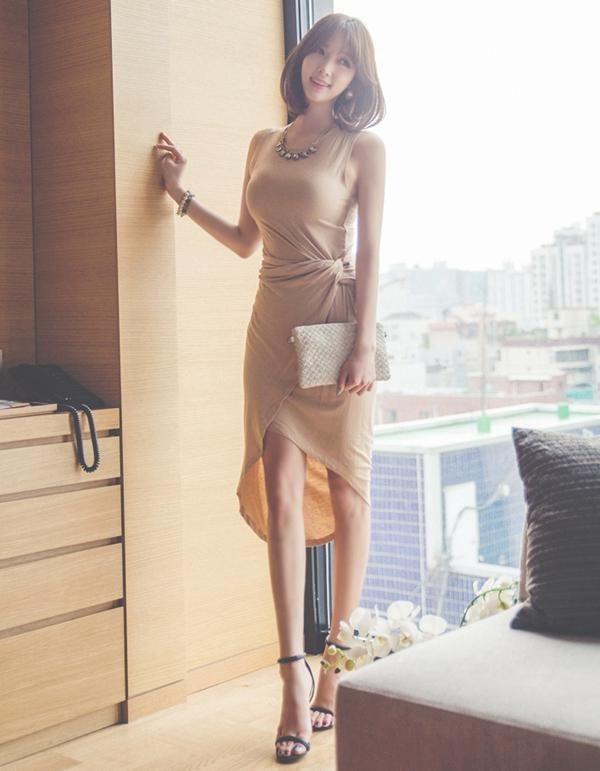 得体的裸色裙,凸显性感身姿,秒变女神范 时尚潮流 第4张