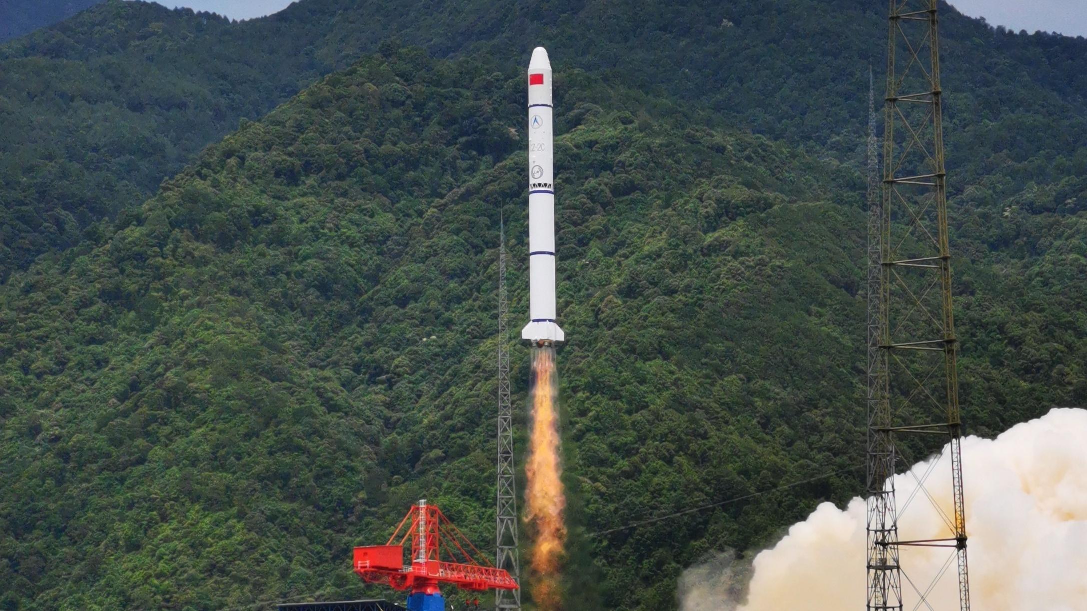我国成功发射遥感三十号09组卫星